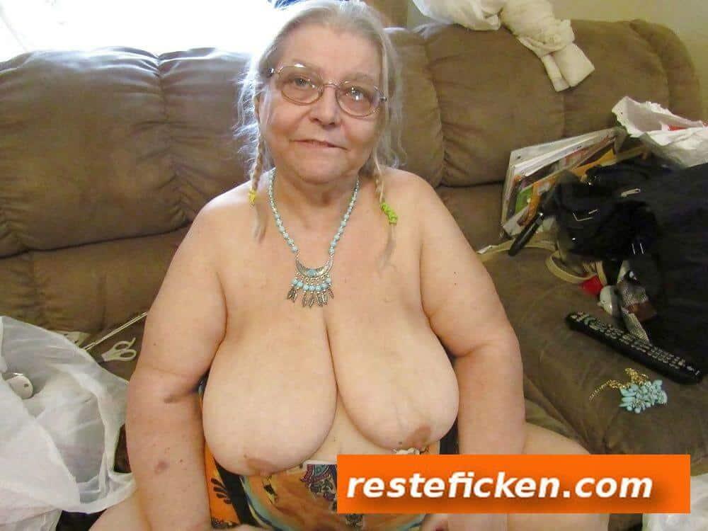 Granny ficken für ein Taschengeld