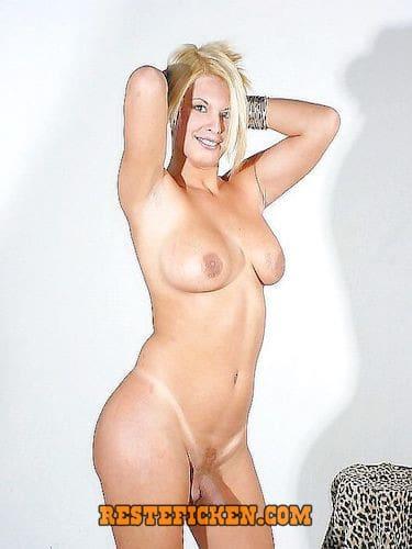 Blonde Transe sucht Schwanzlutscher